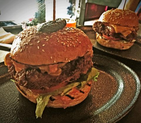Ze Pickle Foveaux Street Sydney. Chicken Burger Review Food Critic HolyCluck Holy Cluck Sandwich Chook Eran Thomson