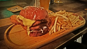 Keg & Brew Pub Surry Hills, NSW Holy-Cluck chicken burger review blog is awesome, even when the burgers are not.